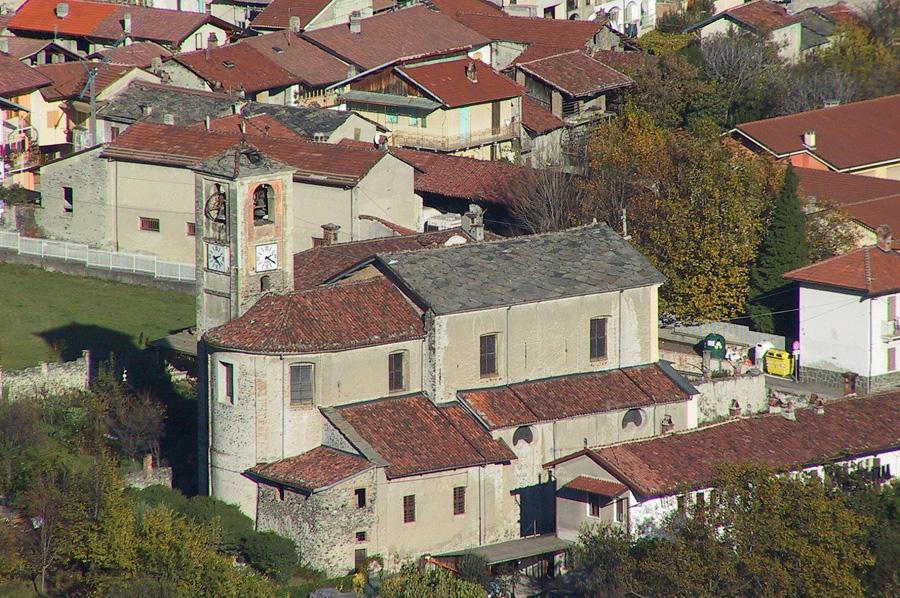 Vista della copertura della Chiesa di Caprie prima dell'intervento